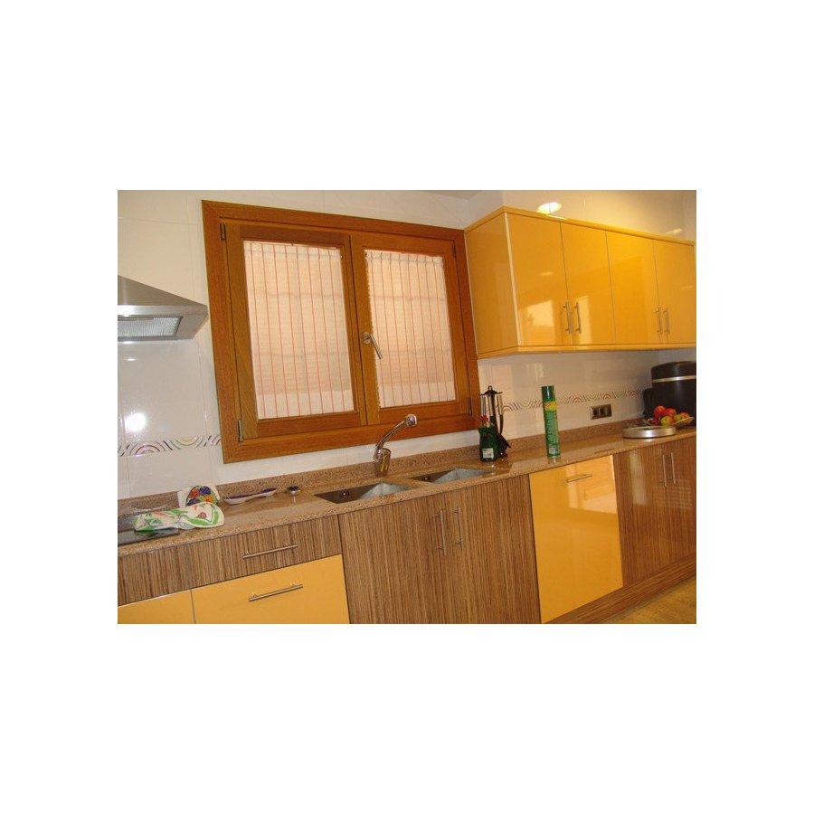 fenetre bois 2 vantaux pas cher devis en ligne direct usine fermeture online. Black Bedroom Furniture Sets. Home Design Ideas