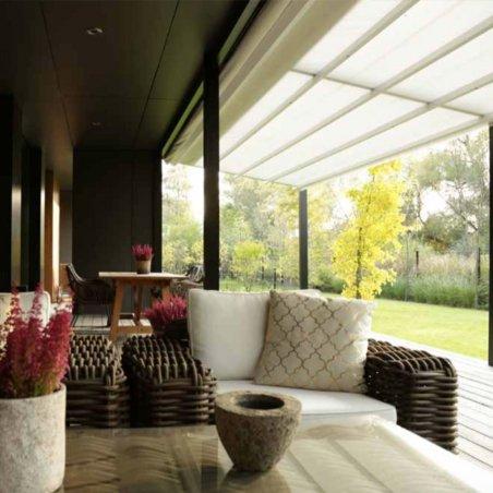 Protegez vous du soleil avec la pergola adossée à toit retractable sur mesure au meilleur prix !